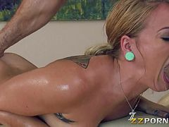 hot-blonde-pornstar-cameron-canada-ass-fucked-by-her-masseur