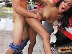 Ebony Diamond Monroe facialed in public